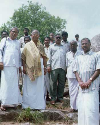 Friends of Jnanamalai at August 2000 function